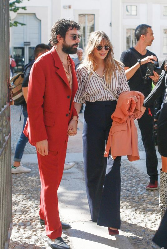 ELIZABETH OLSEN Out in Milan 09/21/2019