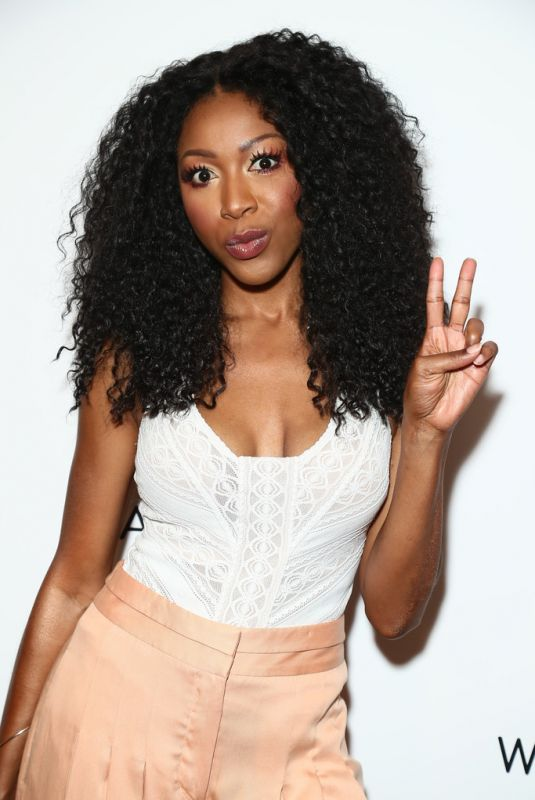 GABRIELLE DENNIS at 2019 Wanderluxxe Pre-emmy Diversity Luncheon in West Hollywood 09/21/2019