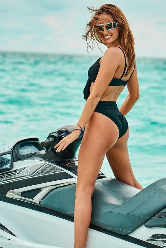 HALEY KALIL for Swimsuits for All, August 2019