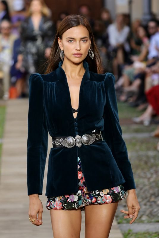 IRINA SHAYK at Etro Runway Show at Milan Fashion Week 09/20/2019