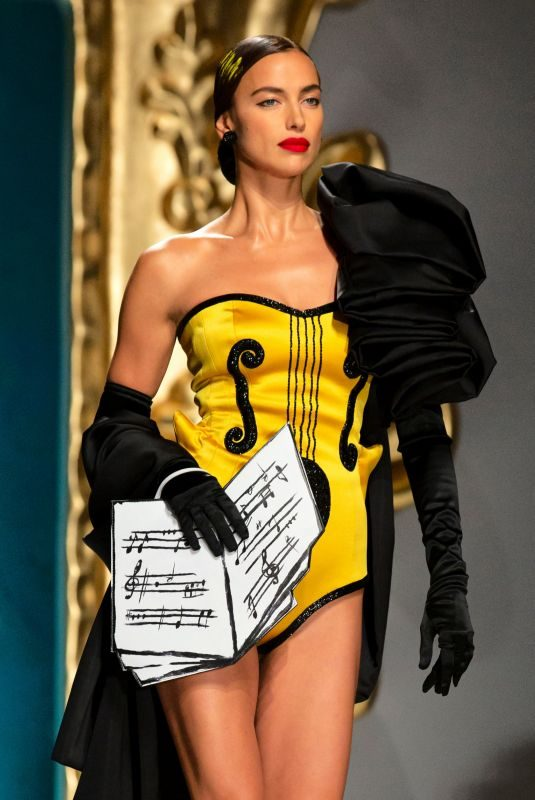 IRINA SHAYK at Moschino Runway Show at Milan Fall/Winter 2020 Fashion Week 09/19/2019