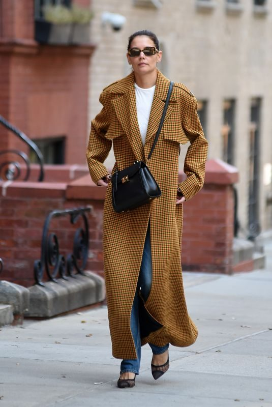 KATIE HOLMES Out in New York 09/25/2019