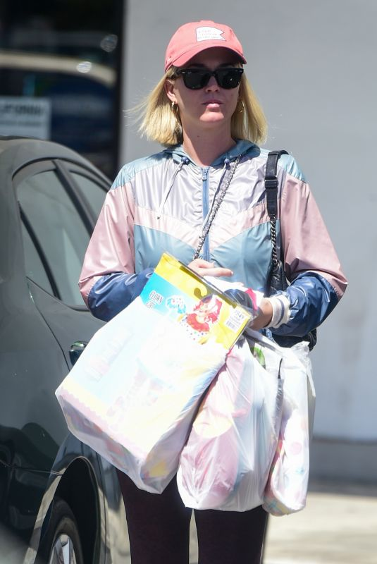 KATY PERRY Out Shopping in Los Angeles 09/08/2019