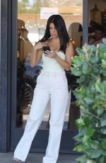 KOURTNEY KARDASHIAN Out for Breakfast in Calabasas 09/28/2019