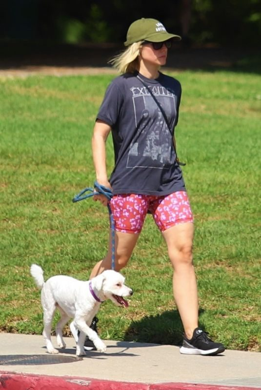 KRISTEN BELL Out with her Dog at Griffith Park in Los Angeles 09/16/2019