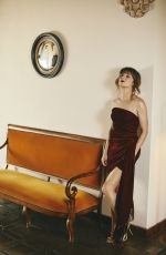 LINDA CARDELLINI in LA Confidential Magazine / Modern Luxury, September 2019
