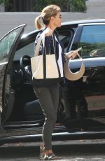 LORI LOUGHLIN Out and About in Los Angeles 09/20/2019