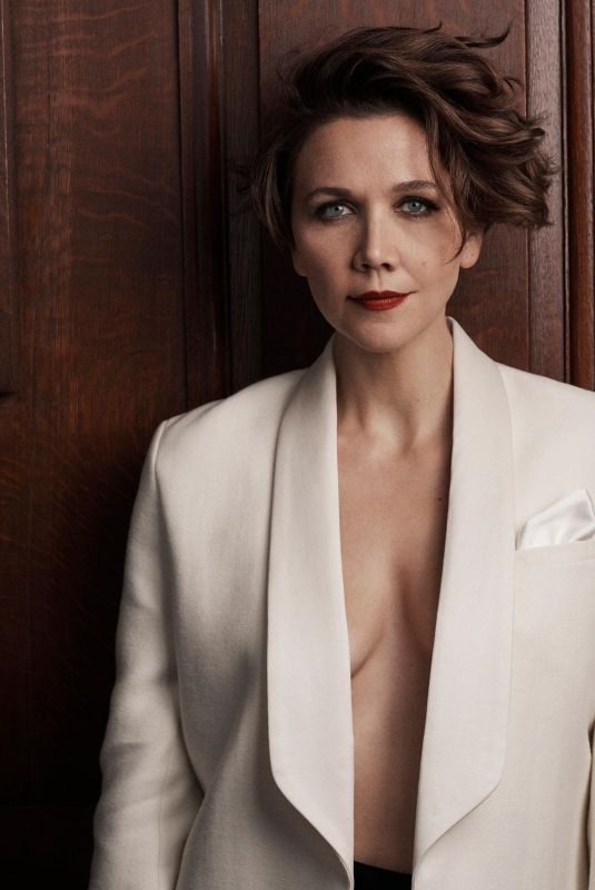 MAGGIE GYLLENHAAL fot The Sunday Times Style, September 2019