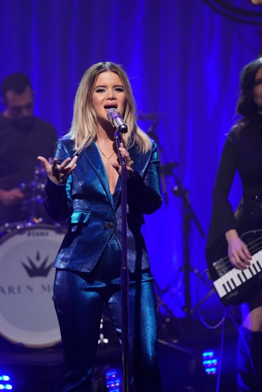 MAREN MORRIS at Late Night with Seth Meyers 09/04/2019