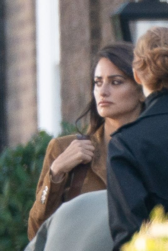 PENELOPE CRUZ and JESSICA CHASTAIN on the Set 355 Movie in London 09/05/2019