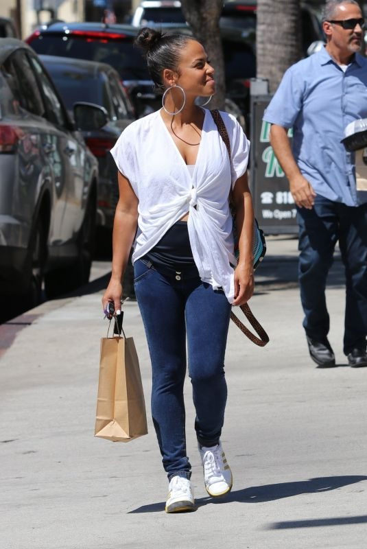 Pregnant CHRISTINA MILIAN Out for Lunch at Joans on Third in Studio City 09/06/2019