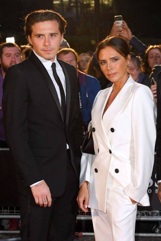 VICTORIA BECKHAM at GQ Men of the Year 2019 Awards in London 09/03/2019