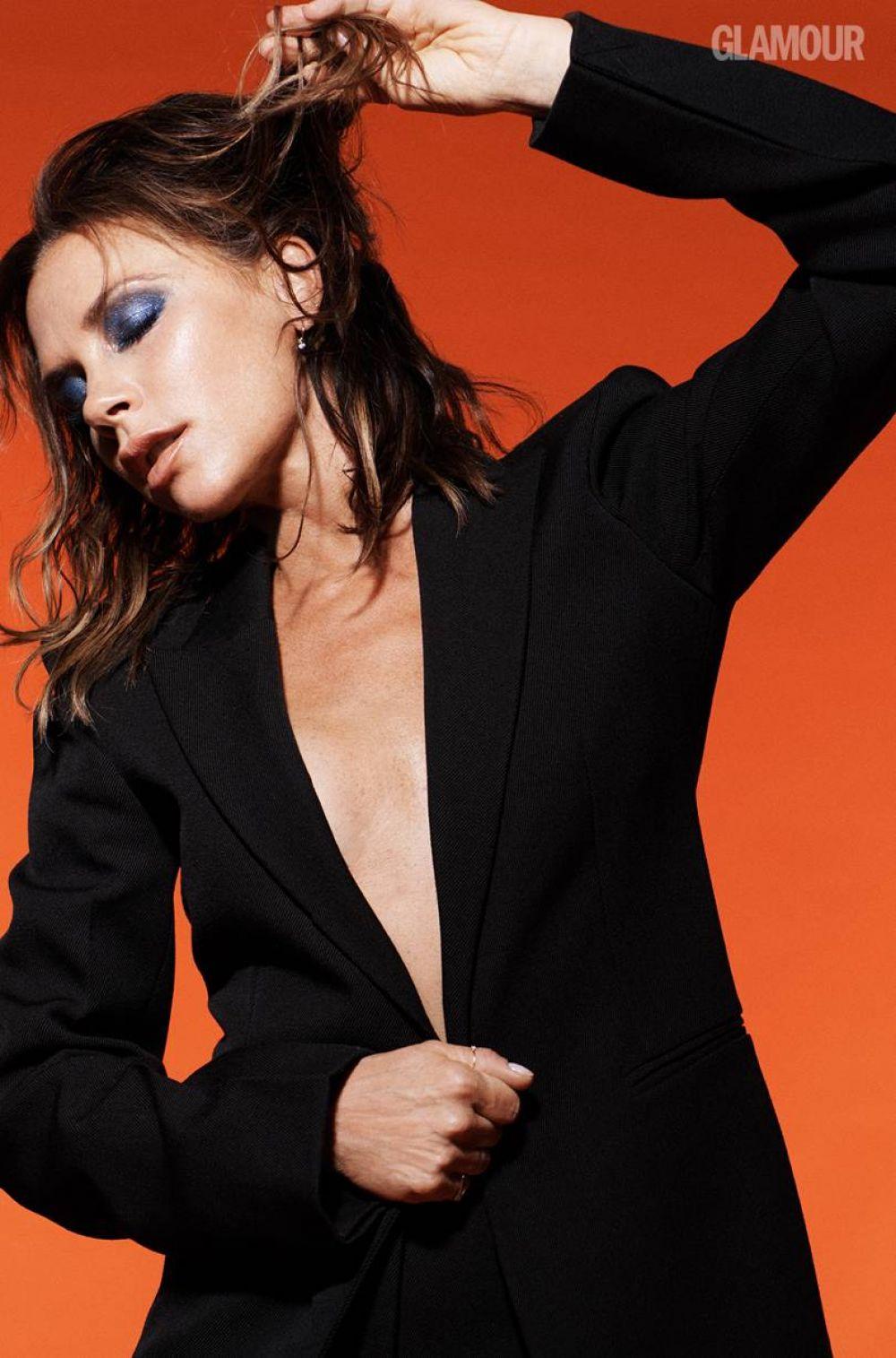 VICTORIA BECKHAM in Glamour Magazine, UK Autumn/Winter ...