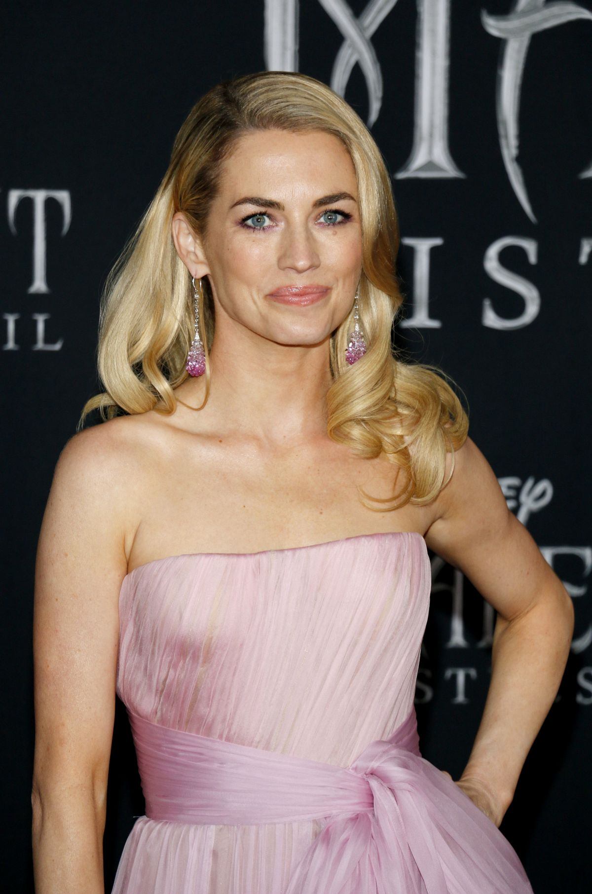 Amanda Hearst At Maleficent Mistress Of Evi Premiere In