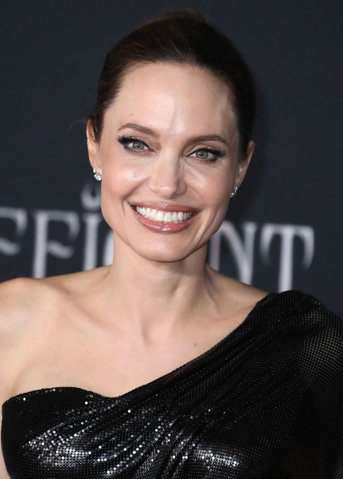 Angelina Jolie At Maleficent Mistress Of Evil Premiere In