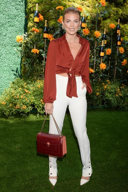 ANNALYNNE MCCORD at Veuve Clicquot Polo Classic at Will Rogers State Park in Los Angeles 10/05/2019