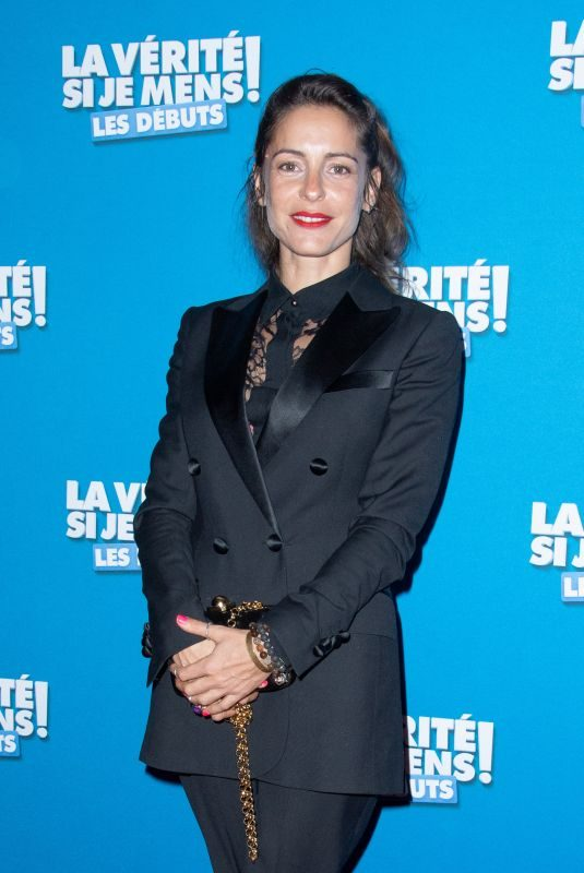 AUDREY DANA at La Verite Si Je Mens Les Debuts Premiere in Paris 10/15/2019