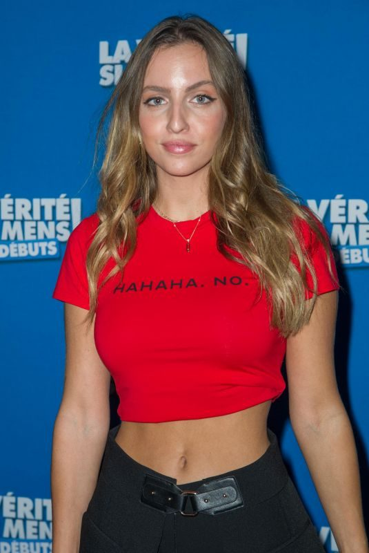 CARLA GINOLA at La Verite Si Je Mens Les Debuts Premiere in Paris 10/15/2019
