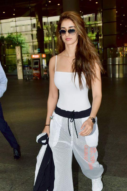 DISHA PATANI at Mumbai Airport 10/09/2019