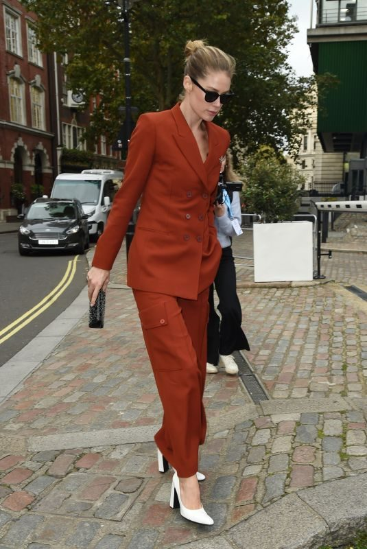 DOUTZEN KROES Arrives at The One Young World Summit in London 10/23/2019