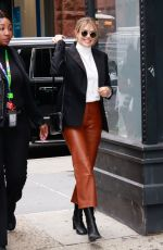 ELIZABETH OLSEN Aarrives at AOL Build in New York 10/08/2019