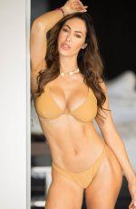 HOPE BEEL in Bikini - Instagram Photos 09/30/2019