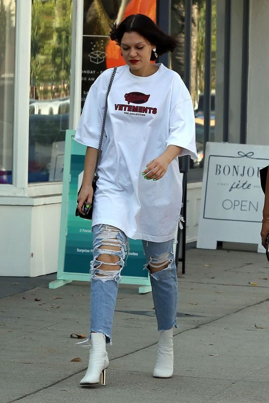 JESSIE J Out and About in Los Angeles 10/17/2019