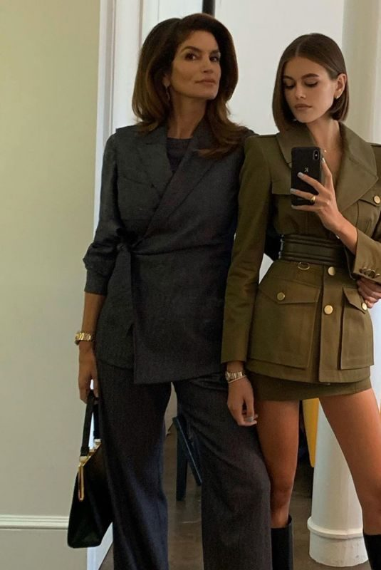 KAIA GERBER and CINDY CRAWFORD – Instagram Photo 10/11/2019