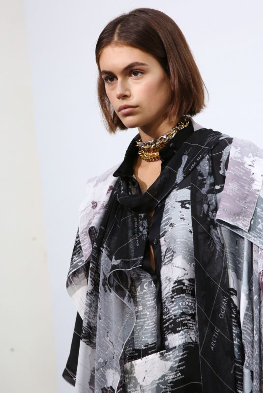 KAIA GERBER on the Backstage of Sacai Fashion Show at PFW in Paris 09/30/2019