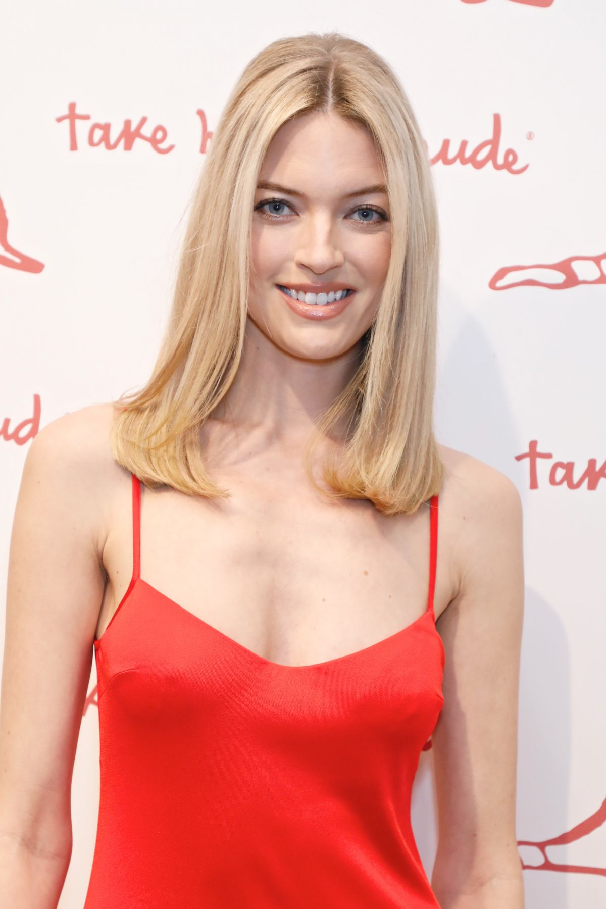MARTHA HUNT at Academy of Arts Take Home a Nude Art Party
