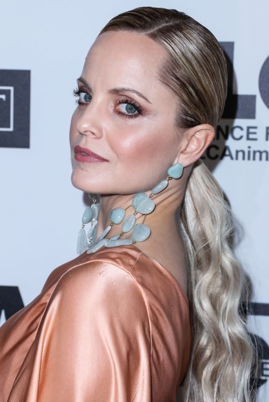 MENA SUVARI at Last Chance for Animals' 35th Anniversary Gala in Beverly Hills 10/19/2016