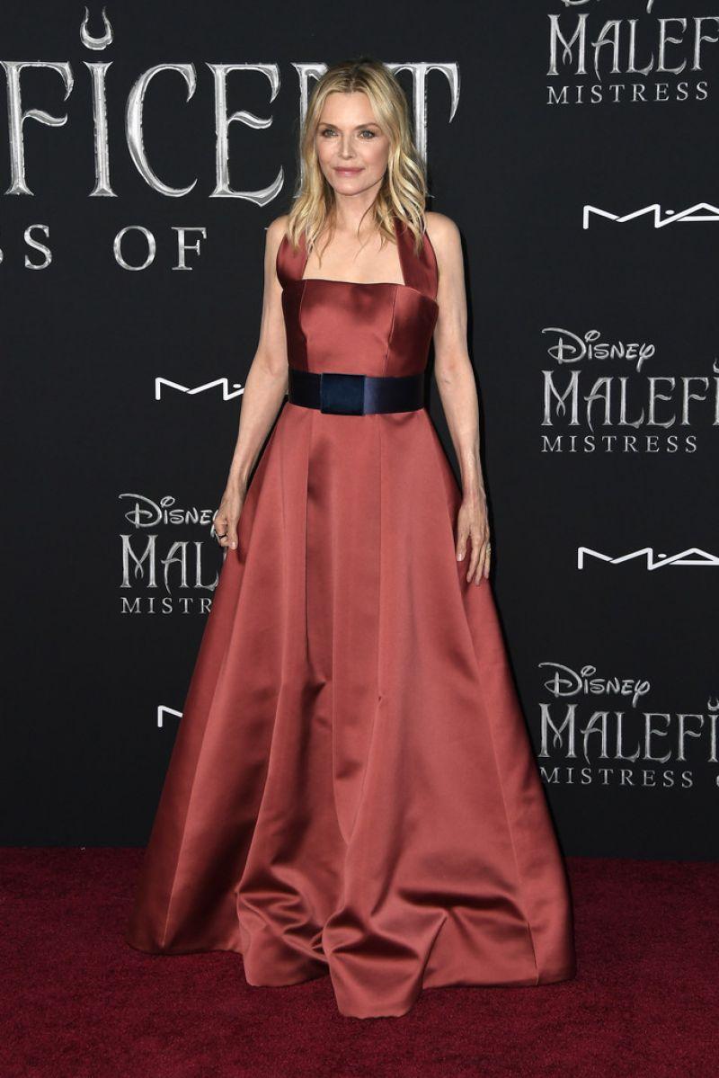 Michelle Pfeiffer At Maleficent Mistress Of Evil Premiere