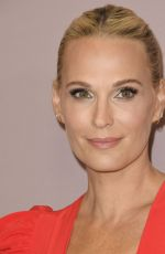 MOLLY SIMS at Variety's 2019 Power of Women: Los Angeles Presented by Lifetime in Beverly Hills 10/11/2019