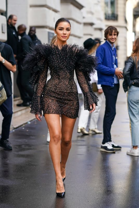OLIVIA CULPO Out and About in Paris 09/29/2019
