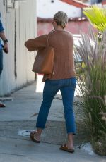 REESE WITHERSPOON Out and About in Los Angeles 10/03/2019