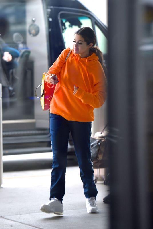 SELENA GOMEZ at JFK Airport in New York 10/30/2019