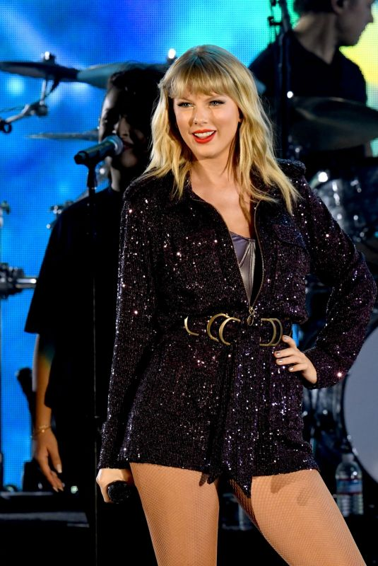 TAYLOR SWIFT at 7th Annual We Can Survive in Los Angeles 10/19/2019