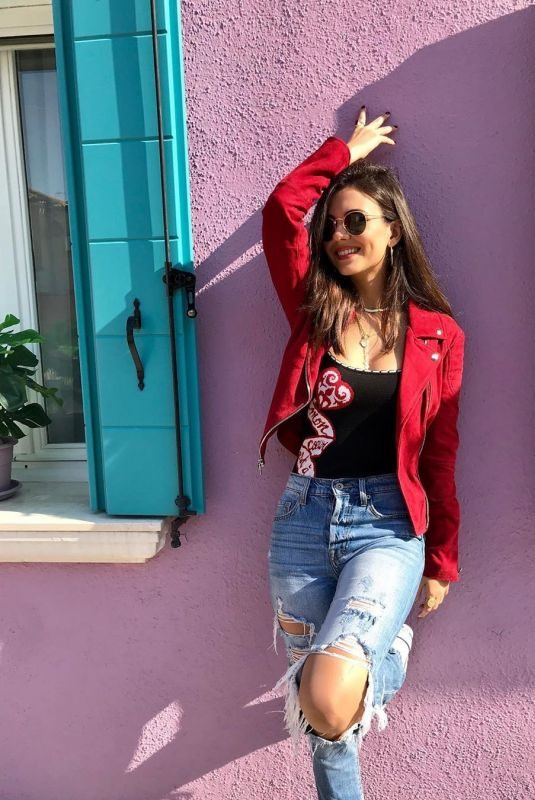 VICTORIA JUSTICE Out in Venice – Instagram Photos and Video 10/06/2019