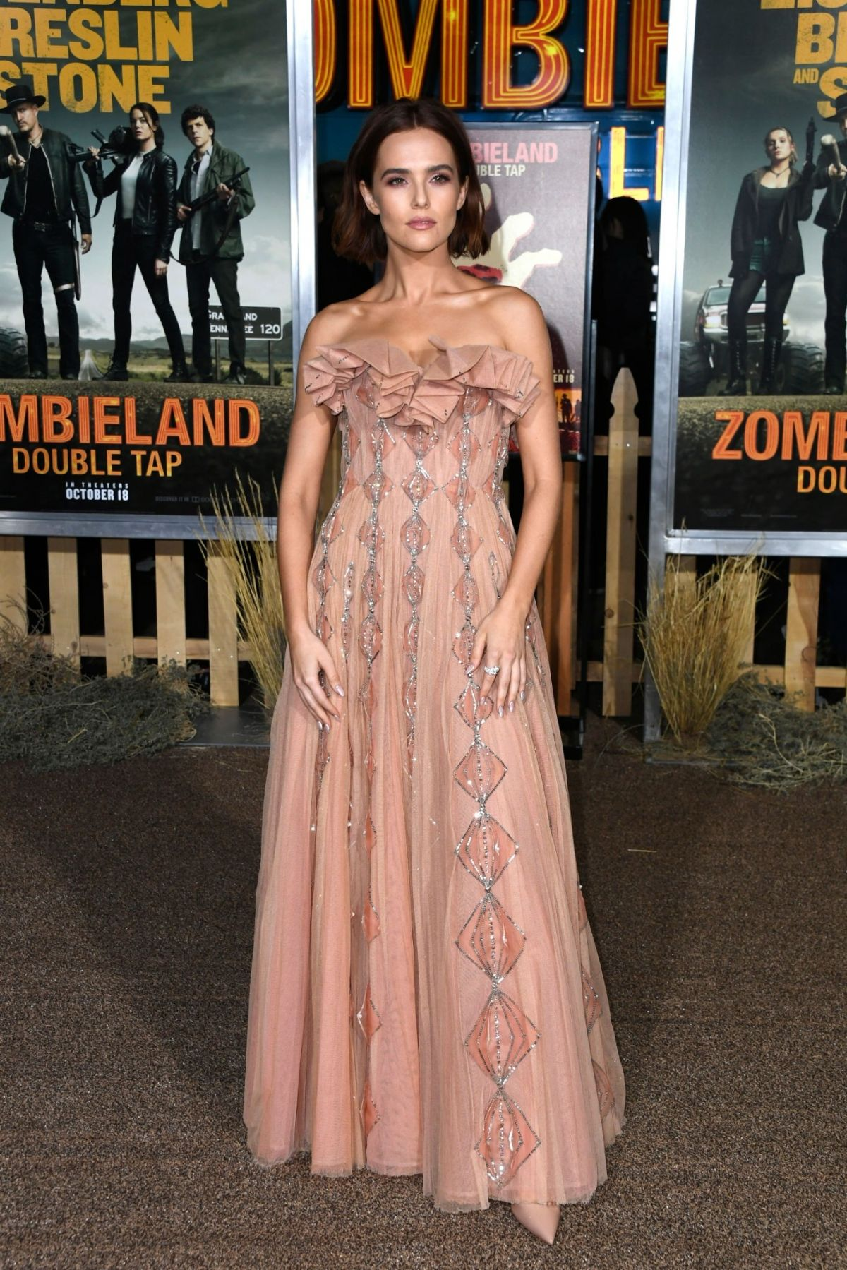 Zoey Deutch At Zombieland Double Tap Premiere In Westwood