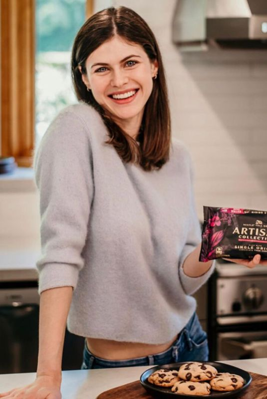 ALEXANDRA DADDARIO for Artisan Collection - Instagram Photos 11/13/2019