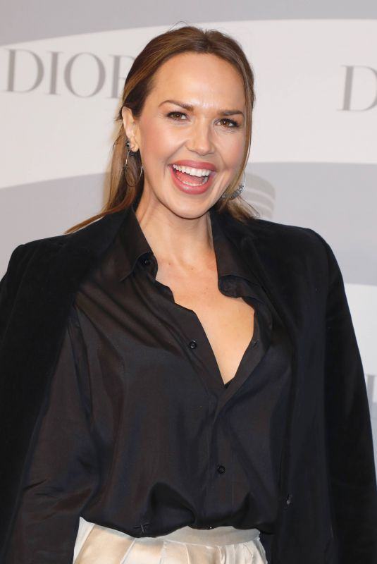 ARIELLE KEBBEL at Guggenheim International Gala in New York 11/13/2019