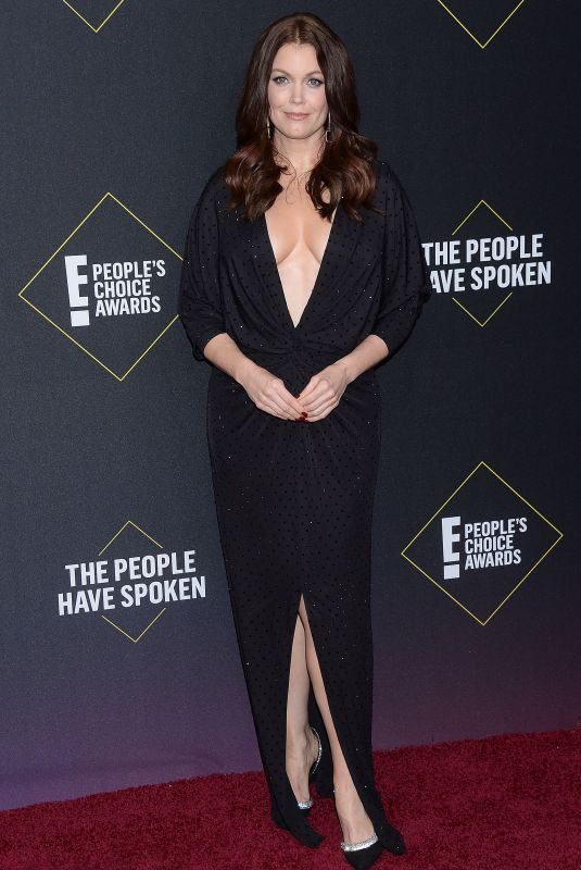 BELLAMY YOUNG at People's Choice Awards 2019 in Santa Monica 11/10/2019