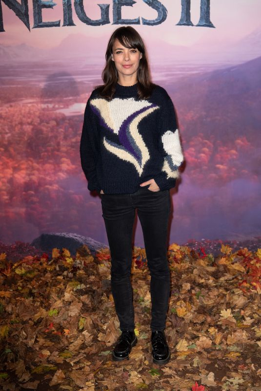 BERENICE BEJO at Frozen 2 Premeire in Paris 11/13/2019