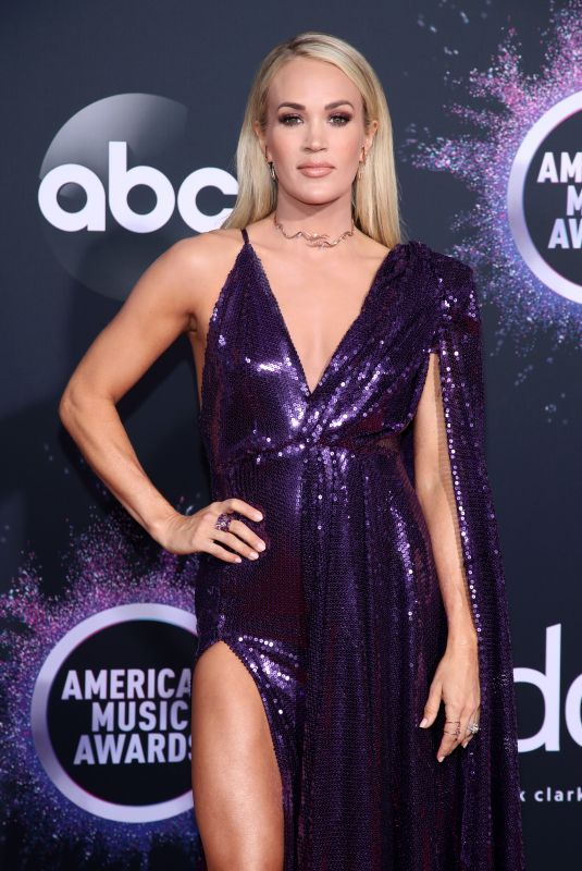 CARRIE UNDERWOOD at 2019 America Music Awards in Los Angeles 11/24/2019