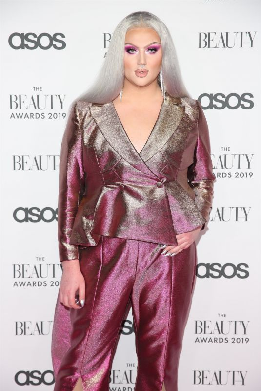 ELLIS HILL at Beauty Awards 2019 with Asos City Central in London 11/25/2019