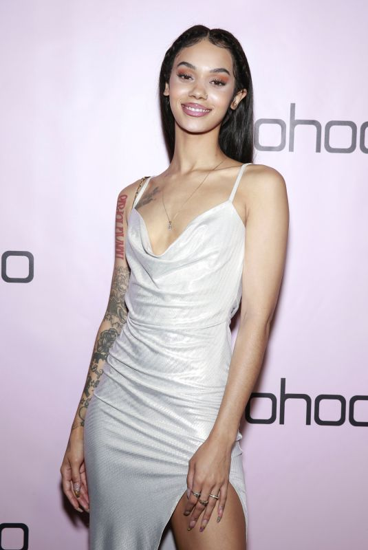 INDYAMARIE JEAN PELTON at boohoo.com Holiday Party in Los Angeles 11/07/2019