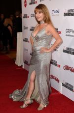 JANE SEYMOUR at 33rd American Cinematheque Award in Los Angeles 11/09/2019