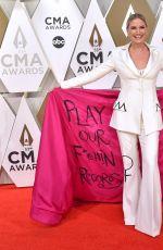 JENNIFER NETTLES at 2019 CMA Awards in Nashville 11/13/2019
