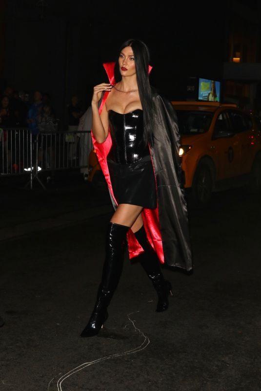 KARLIE KLOSS Arrives at Heidi Klum's 20th Annual Halloween Party in New York 10/31/2019
