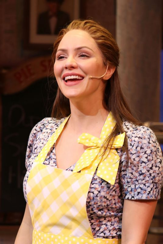 KATHARINE MCPHEE Rejoins the Cast of Waitress at Brooks Atkinson Theatre in New York 11/25/2019